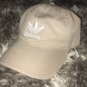 Adidas Original Women's Fit Hat in Cream